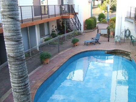 Bargara Beachfront Holiday Apartments - Accommodation Main Beach