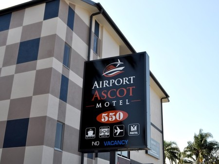 Airport Ascot Motel - Accommodation Main Beach