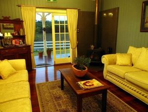 Branell Homestead Bed  Breakfast - Accommodation Main Beach