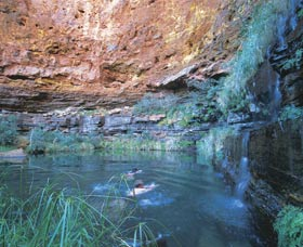 Dales Gorge and Circular Pool - Accommodation Main Beach