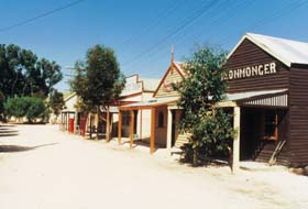 Old Tailem Town Pioneer Village - Accommodation Main Beach