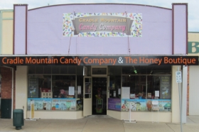 Cradle Mountain Candy Company and Honey Boutique - Accommodation Main Beach