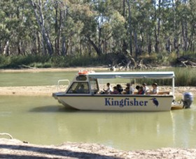Kingfisher Cruises - Accommodation Main Beach