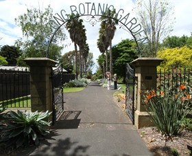 Friends of Geelong Botanic Gardens - Accommodation Main Beach