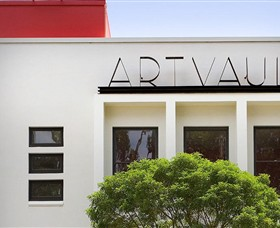 The Art Vault - Accommodation Main Beach