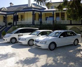 Highlands Chauffeured Hire Cars Tours - Accommodation Main Beach
