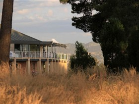 Glenelg Golf Club and Pinehill Bistro - Accommodation Main Beach