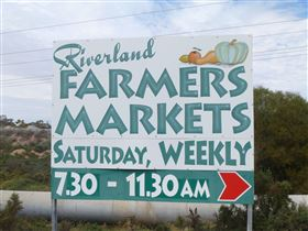 Riverland Farmers Market - Accommodation Main Beach