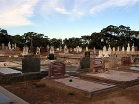 Langhorne Creek Cemetery - Accommodation Main Beach