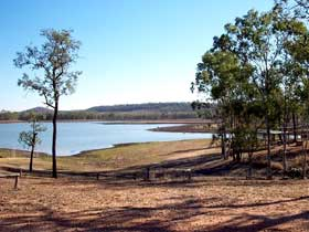 Theresa Creek Dam - Accommodation Main Beach