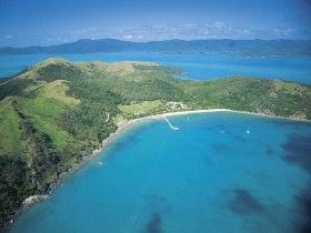 Molle Islands National Park - Accommodation Main Beach
