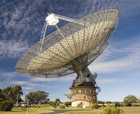 CSIRO Parkes Radio Telescope - Accommodation Main Beach