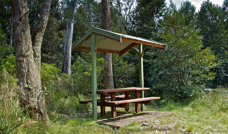 Devils Hole lookout walk and picnic area - Accommodation Main Beach