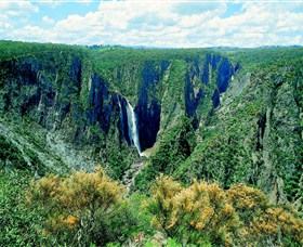 Wollomombi Falls - Accommodation Main Beach