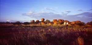 Karlu Karlu / Devils Marbles Conservation Reserve - Accommodation Main Beach