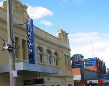 Crown Hotel Lilydale - Accommodation Main Beach