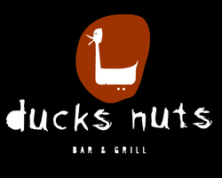 Ducks Nuts Bar  Grill - Accommodation Main Beach