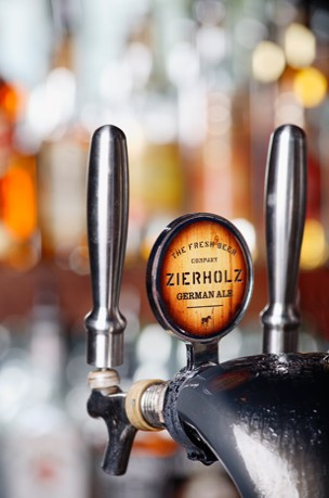 Zierholz Premium Brewery - Accommodation Main Beach