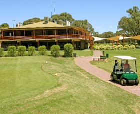 Coomealla Golf Club - Accommodation Main Beach