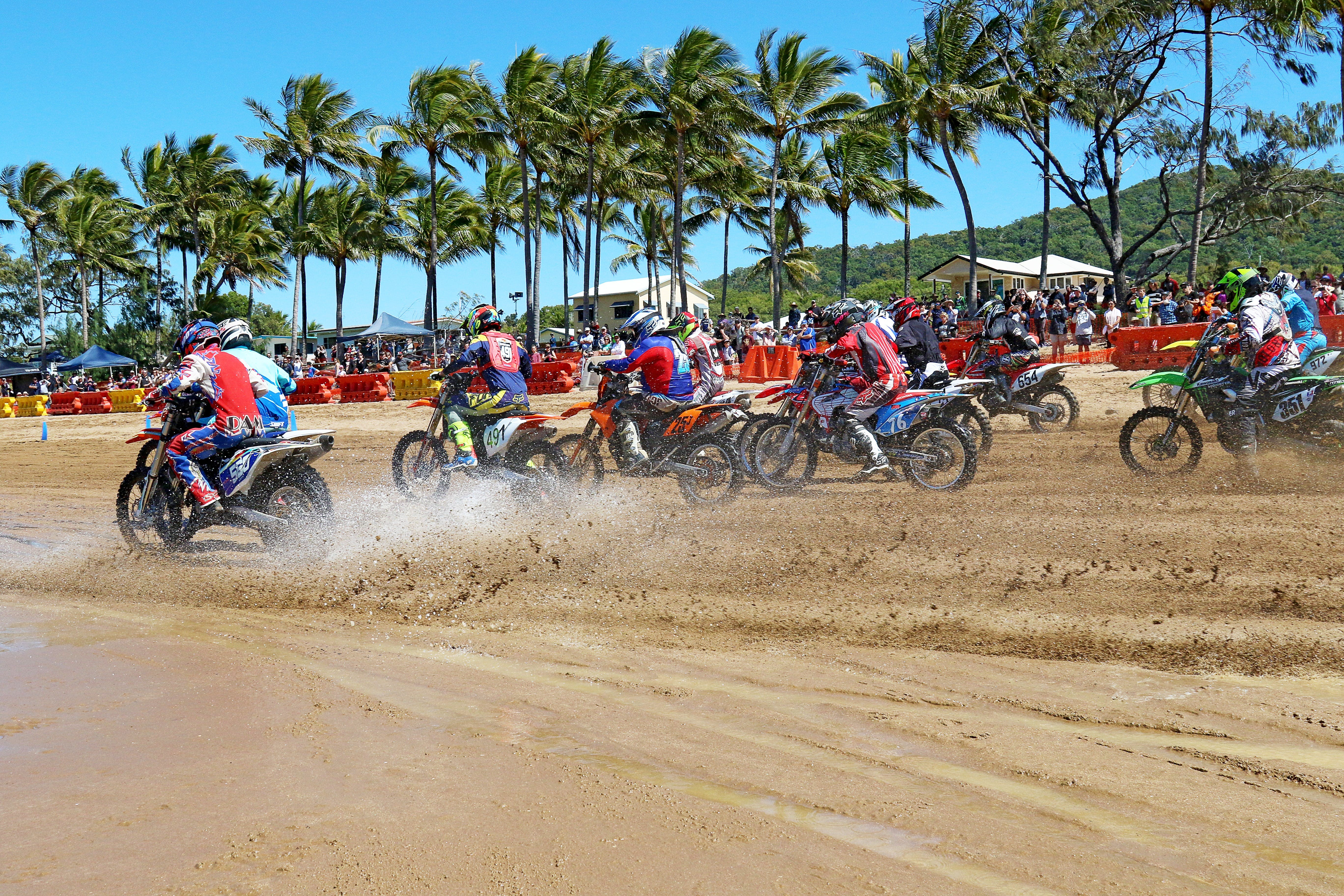 Beach Motorcycle Races - Accommodation Main Beach