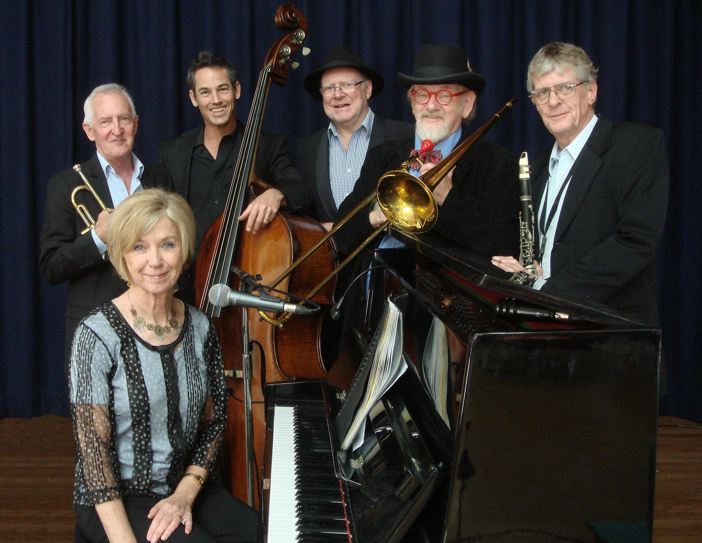 The Caxton Street Jazz Band in the Swigmore Hall at Robert Channon Wines - Accommodation Main Beach