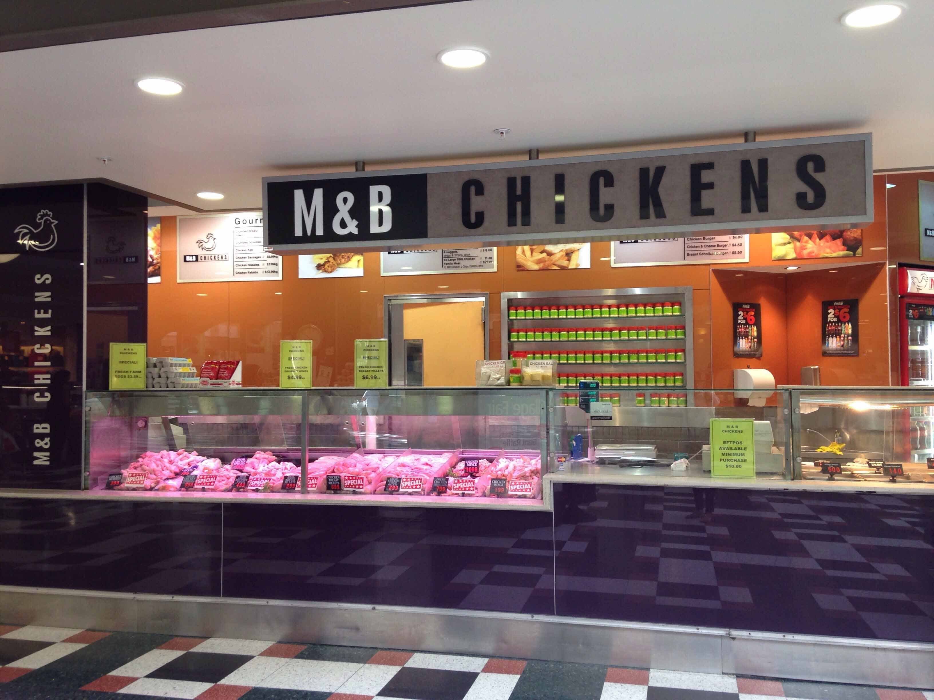 MB Chickens - Accommodation Main Beach