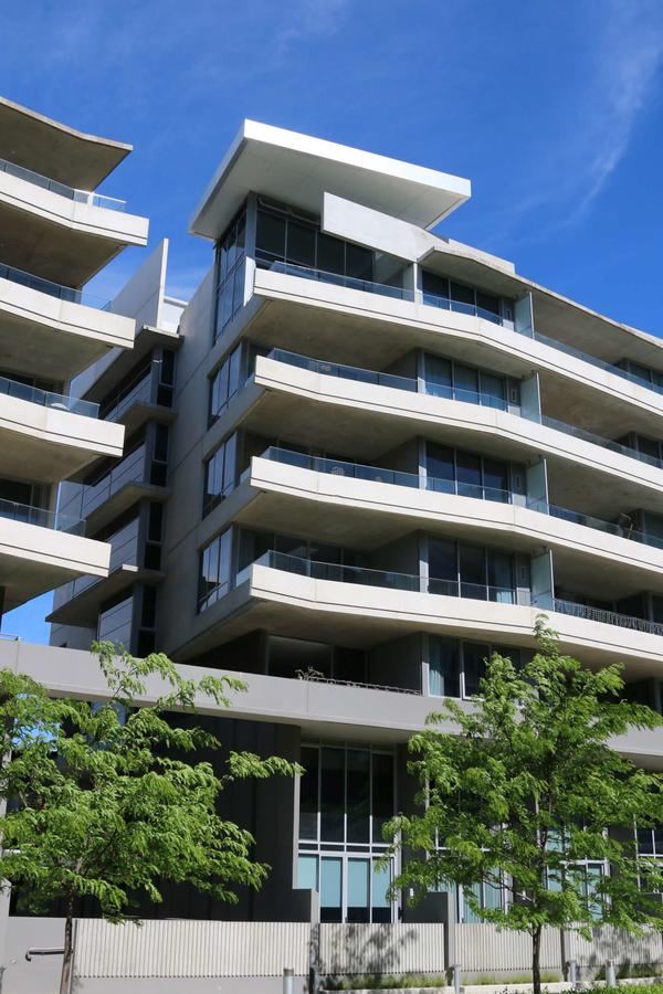 Accommodate Canberra - Realm Residences - Accommodation Main Beach