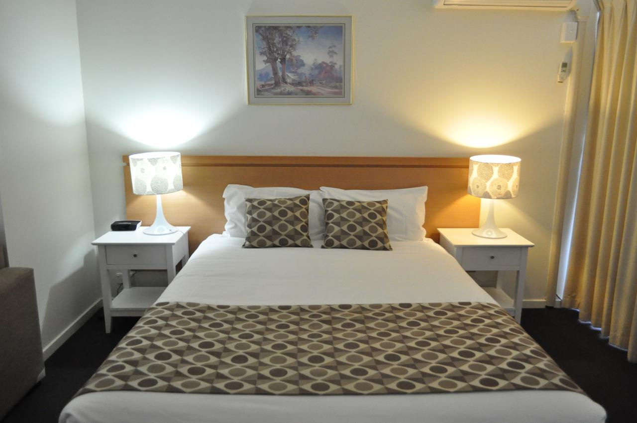 Albury Burvale Motor Inn - Accommodation Main Beach