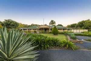 Bonville Lodge Bed  Breakfast - Accommodation Main Beach
