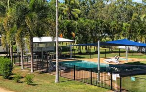 Crystal Creek Caravan Park - Accommodation Main Beach