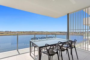 Direct Hotels - North Shore Kawana - Accommodation Main Beach