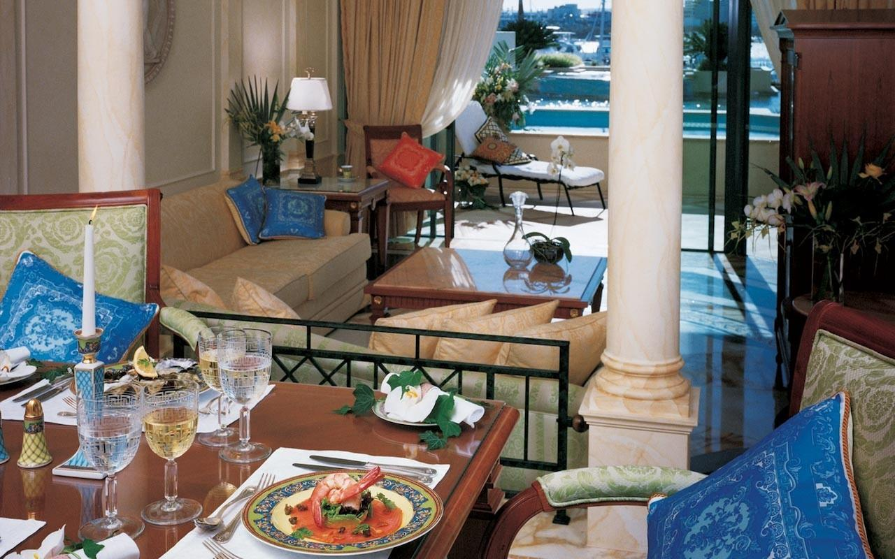 Palazzo Versace - Accommodation Main Beach