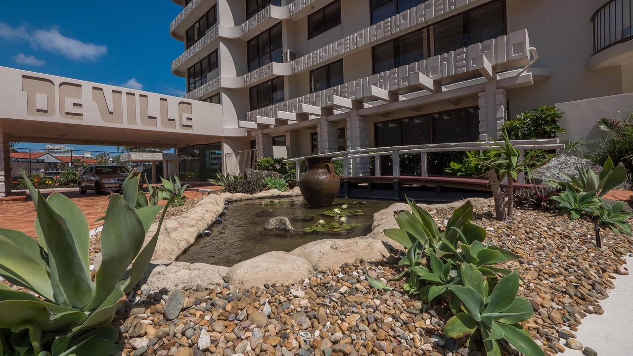 De Ville Apartments - Accommodation Main Beach